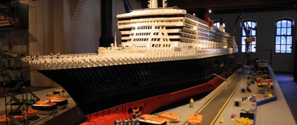 Queen Mary Legos